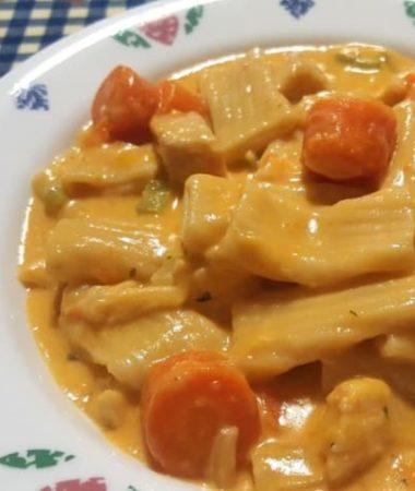 Pressure Cooker Buffalo Chicken Macaroni and Cheese