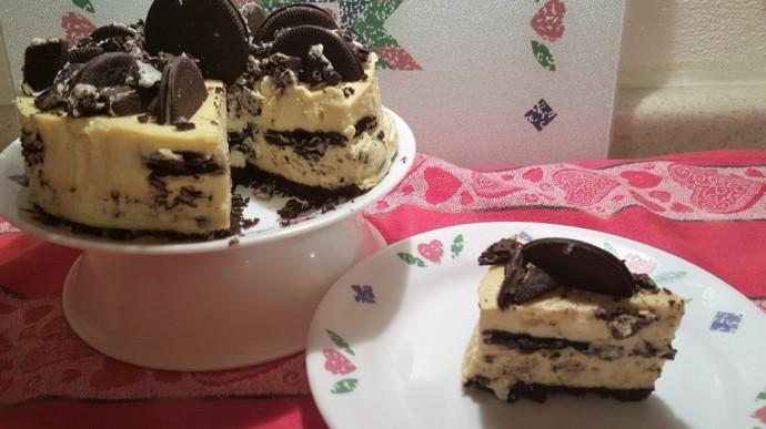 Pressure Cooker Cookies N Creme Cheesecake