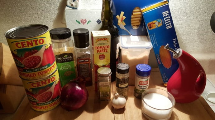 Cast of Ingredients for Instant Pot Spaghetti