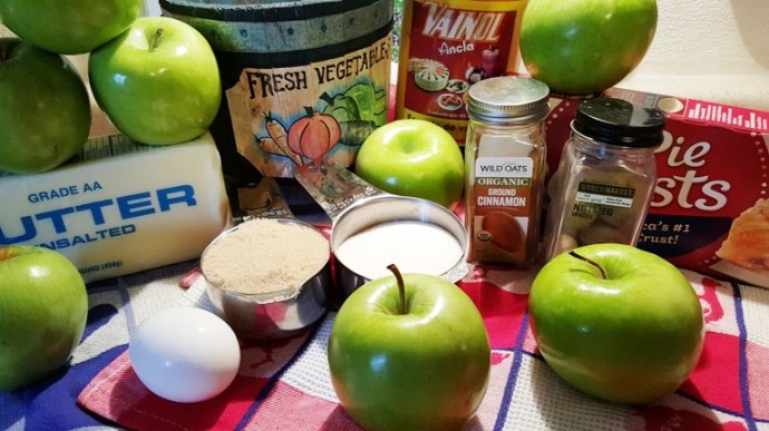 Cast of Ingredients for Blue Ribbon Caramel Apple Pie
