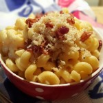 Pressure Cooker Macaroni and Cheese with Crispy Bacon Topping