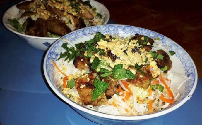Bun Thịt Nướng (Vietnamese BBQ Pork Cold Noodle Salad)