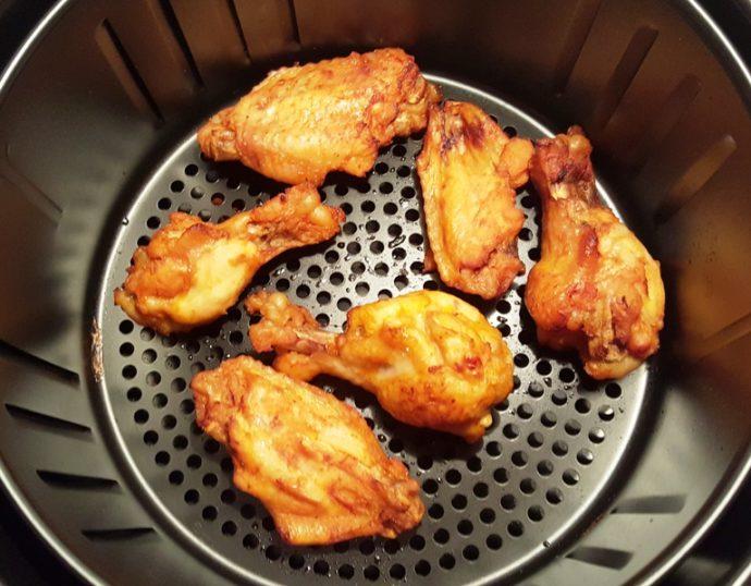 Chicken wings in the Air Fryer pan