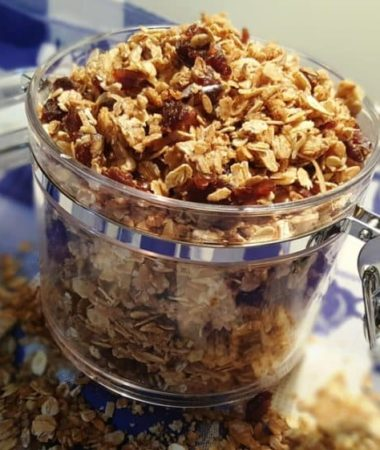 Homemade Orange Ginger Pecan Granola
