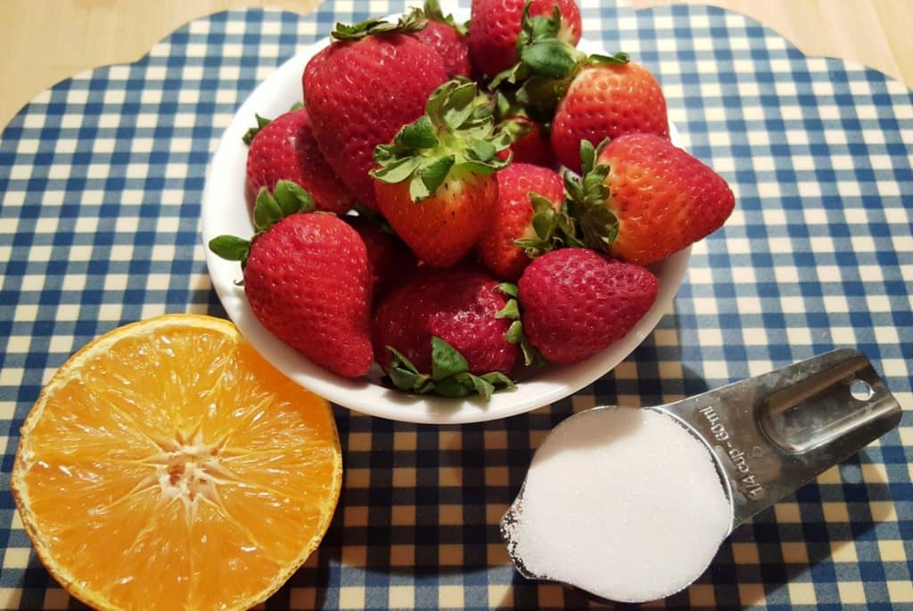 Fresh Strawberries, Sugar and Fresh Orange Juice