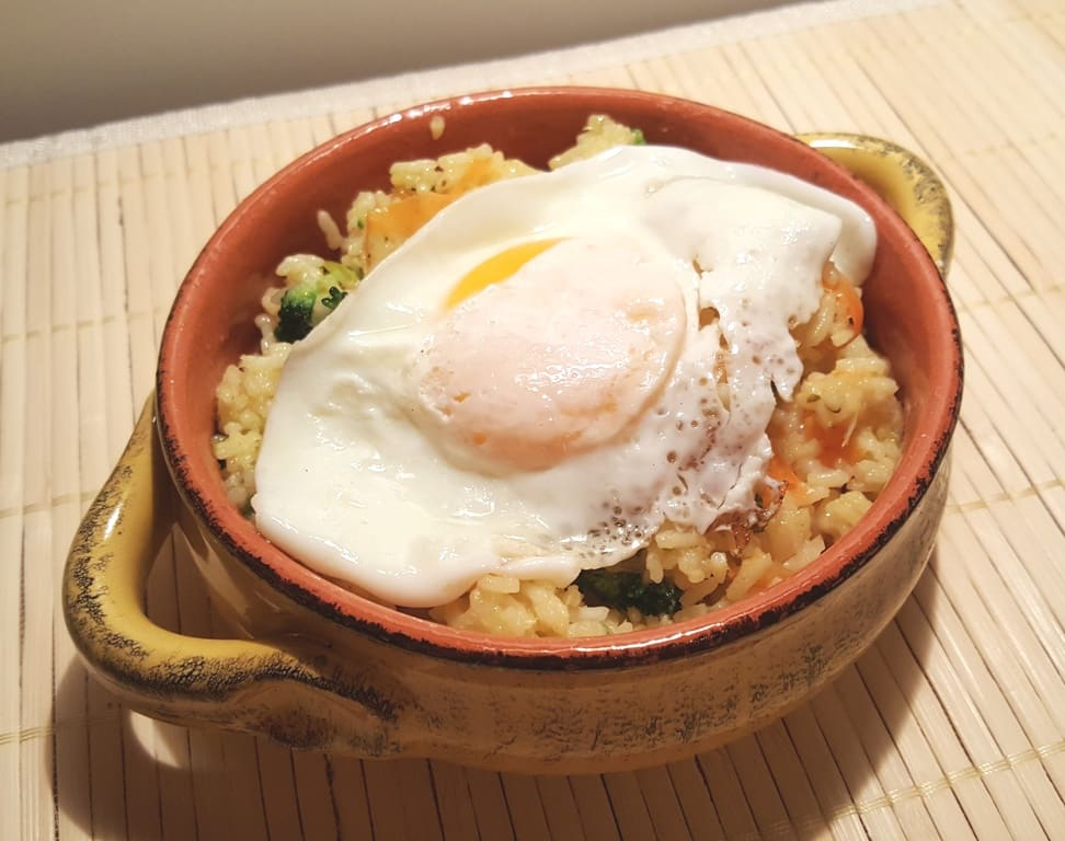 Pressure Cooker Seasoned Vegetable Ghee Rice with an Egg