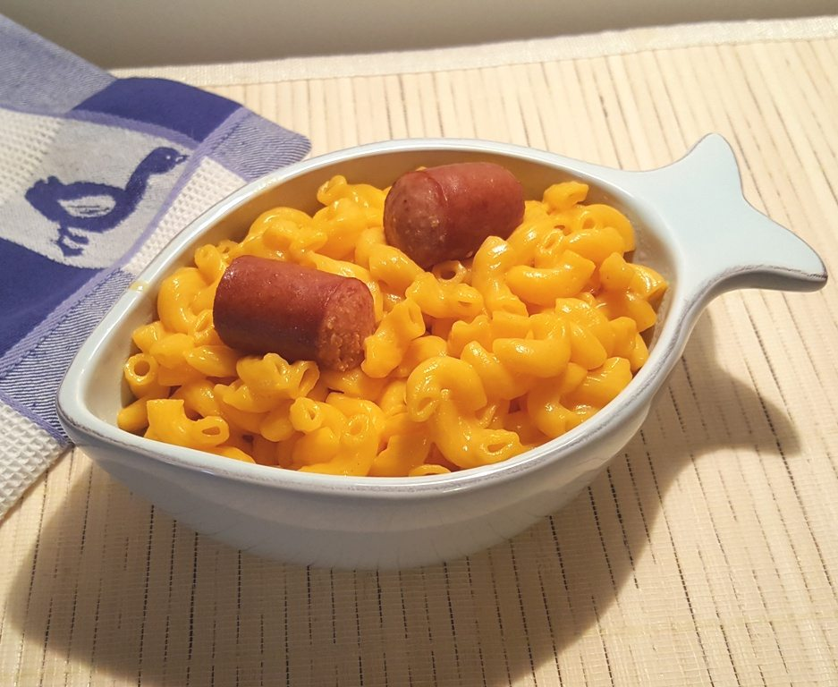 Copycat Kraft Macaroni & Cheese Dinner with Hot Dogs