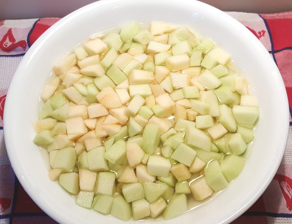 Peel, Core and Chop Red Delicious and Granny Smith Apples