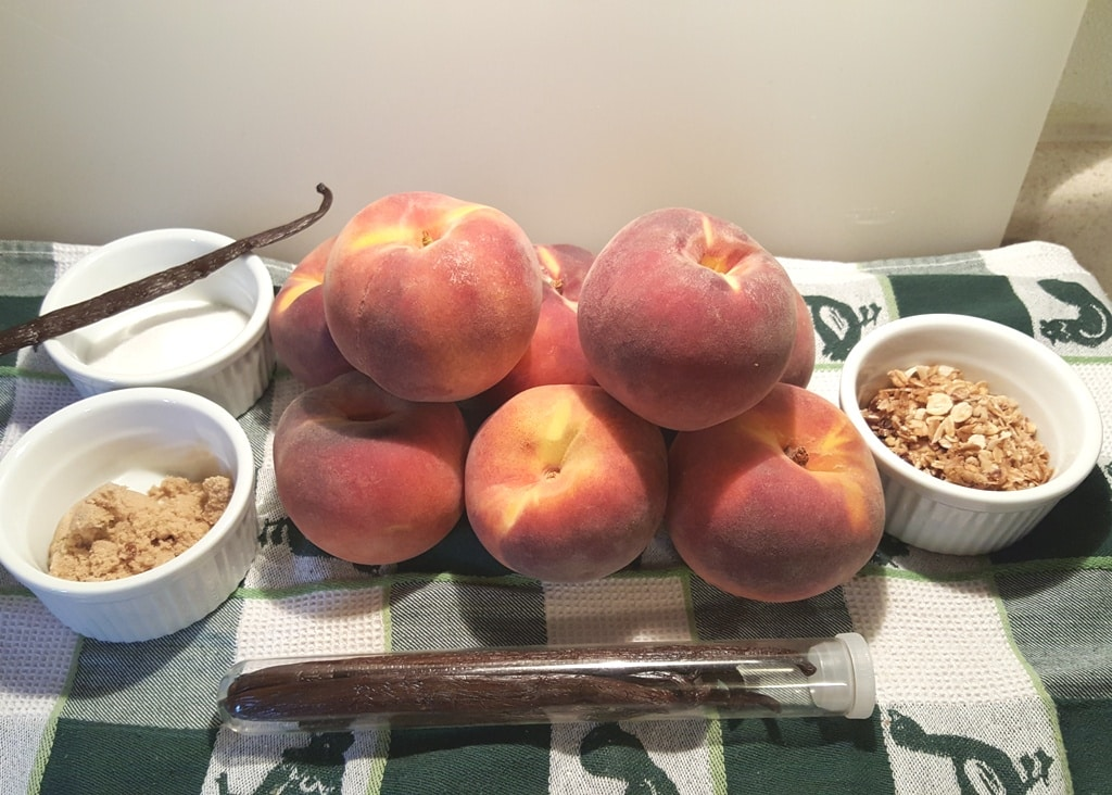 Cast of Ingredients for Pressure Cooker Fresh Peach Crisp Compote