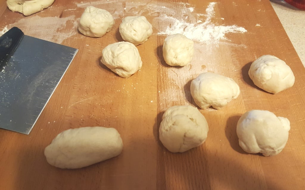 Divide the dough into 15 pieces