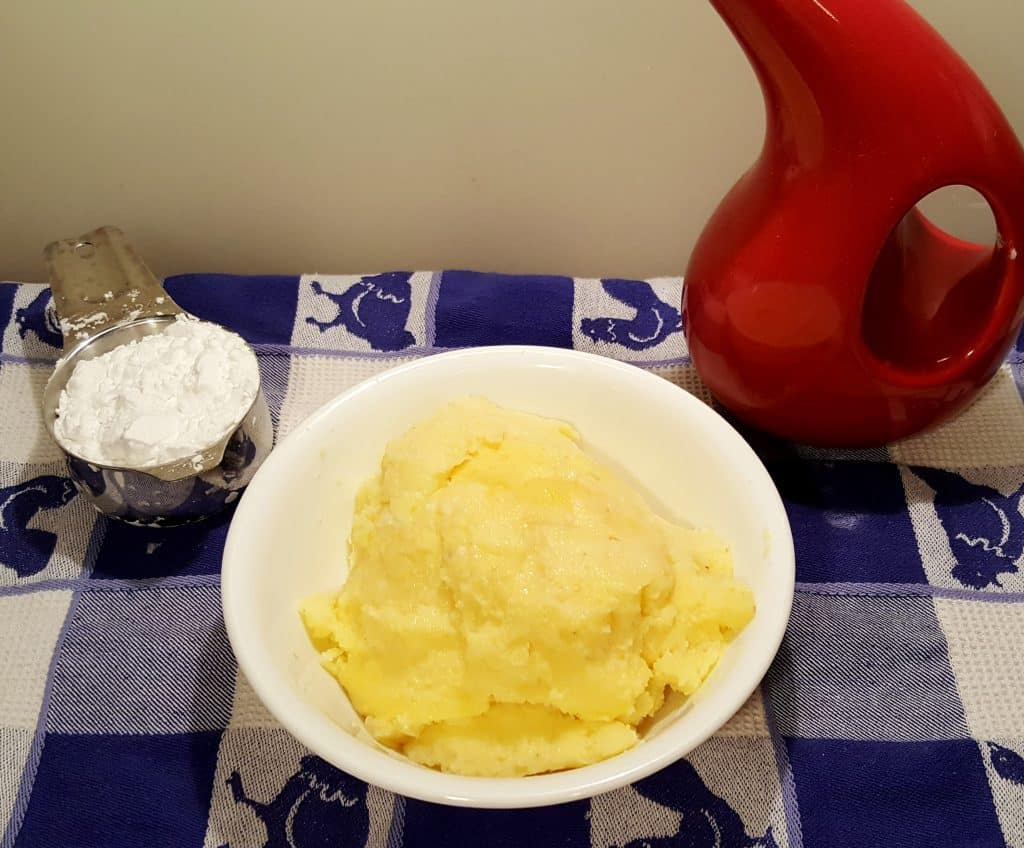 Cast of Ingredients for Air Fryer Sweet Polenta Breakfast Bites
