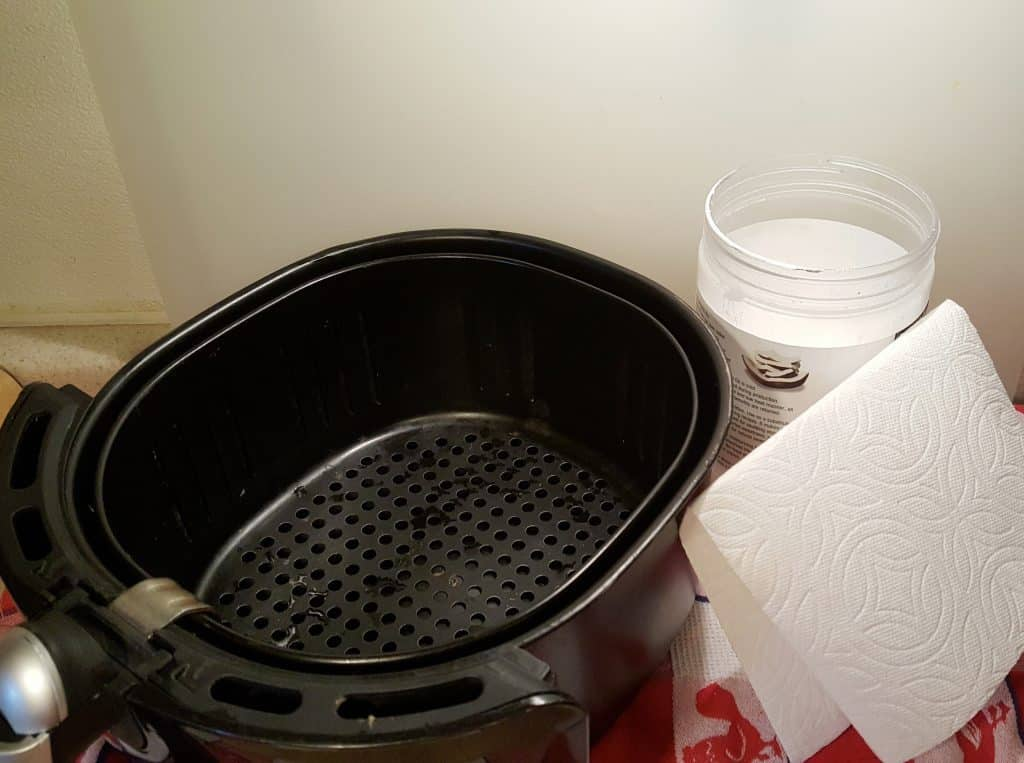 Cast of Tools for Properly Season Air Fryer Basket to Prevent Sticking