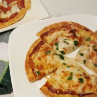 Air Fryer 6 Minute Pita Bread Pizza