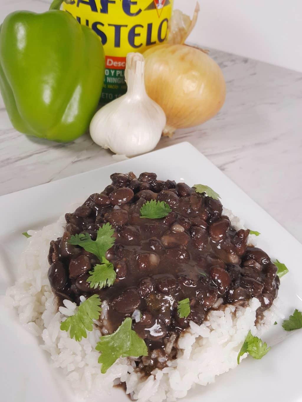 Pressure Cooker Cuban Black Beans{Frijoles Negros}