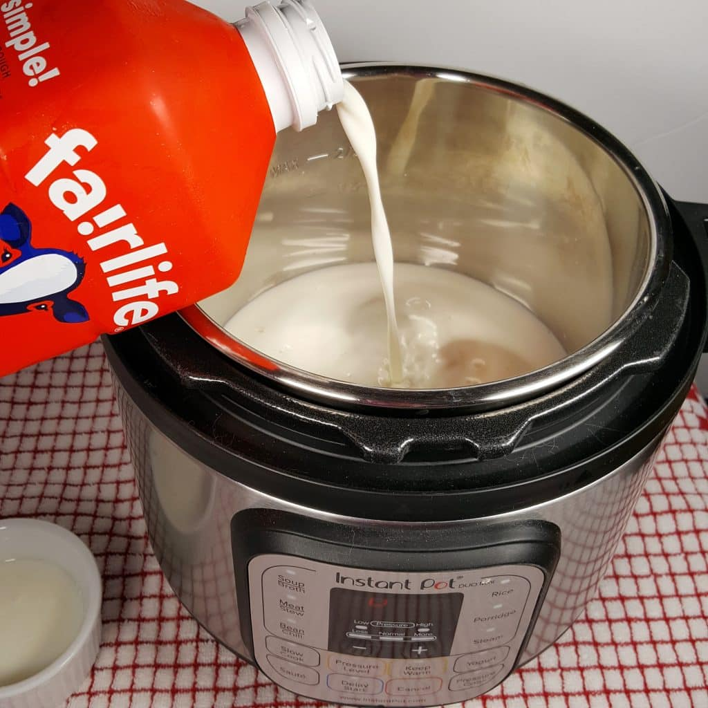 Pour in the Fairlife Milk