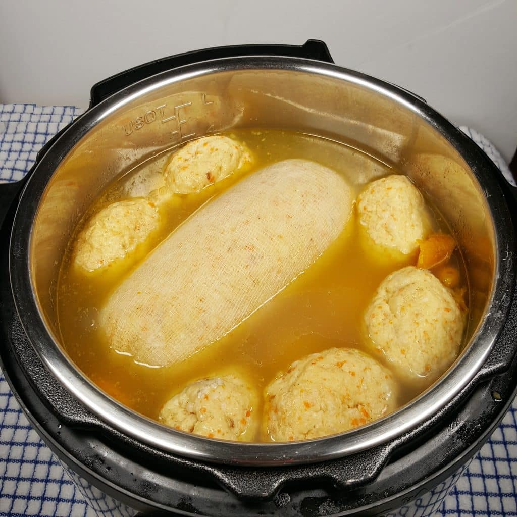 Gefilte fish alive for Pressure cooker fish