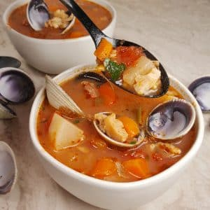 Instant Pot Low Carb Manhattan Clam Chowder
