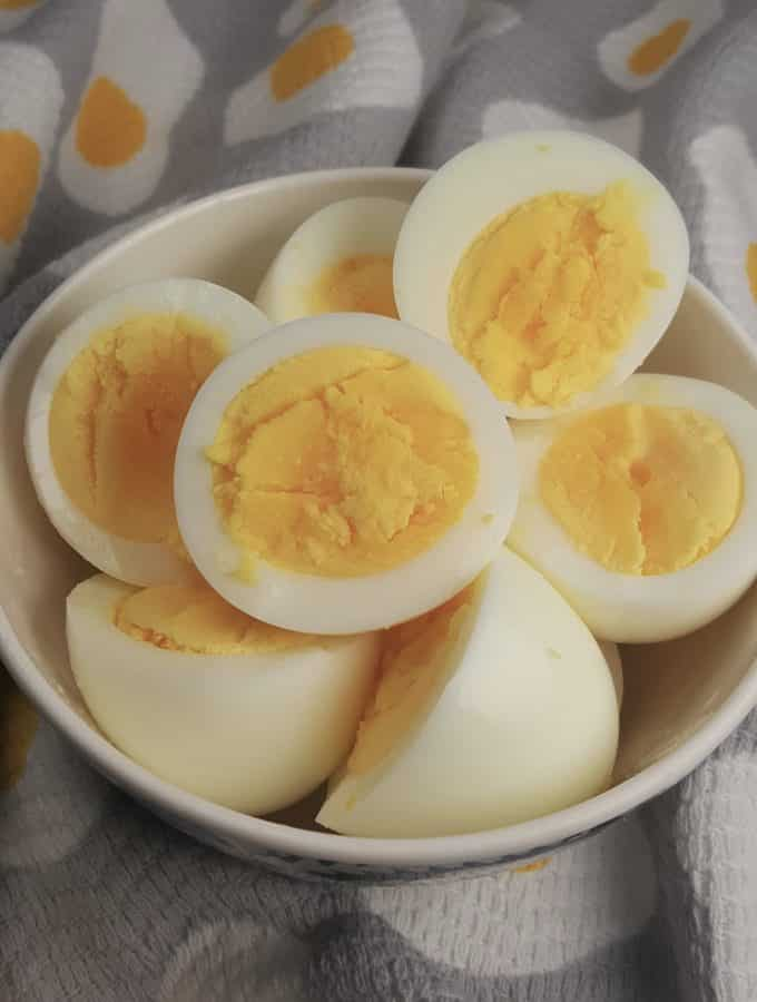 "Air Fryer Hard ""Boiled"" Cooked Eggs"