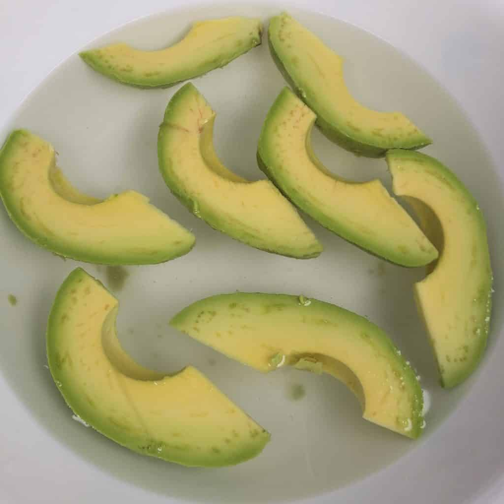 Lemon Juice Prevents Avocados from Browning