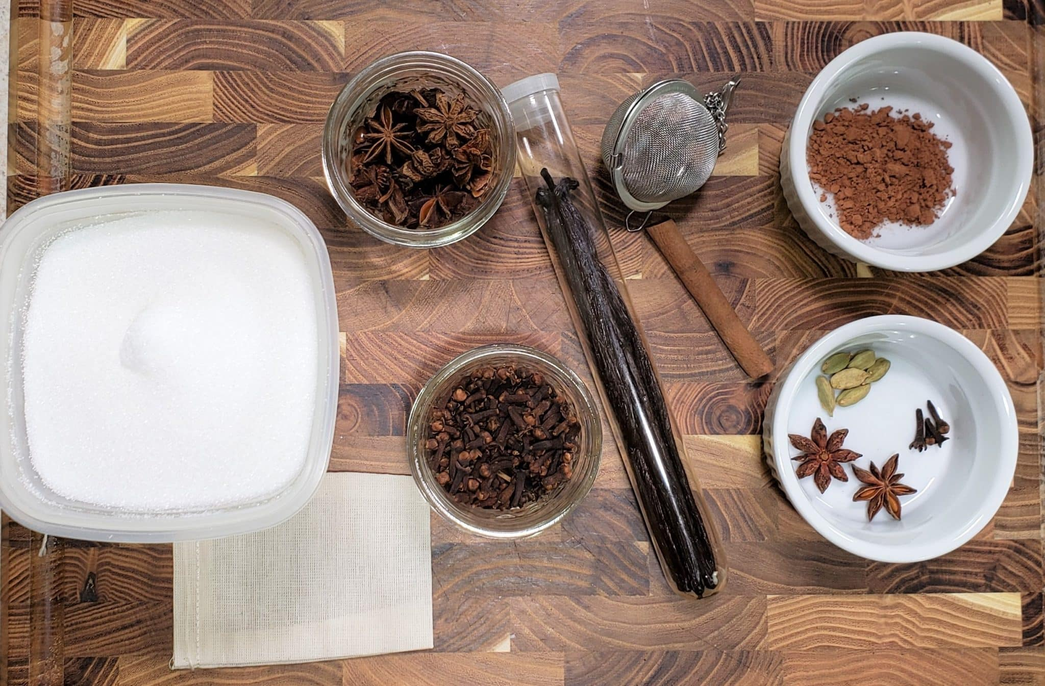 Cast of Ingredients for Spiced Vanilla Sugar