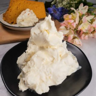 Butterscotch Whipped Cream Topping or Frosting