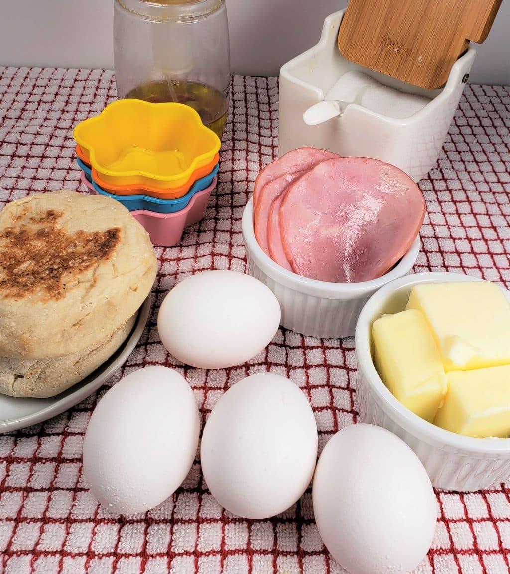 Cast of Ingredients for Instant Pot Eggs Benedict