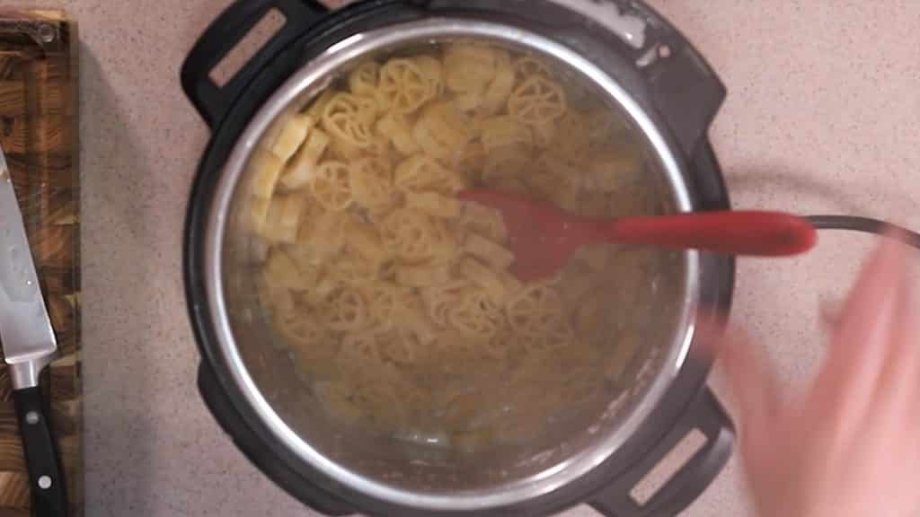 Wagon Wheel Pasta Cooks Quickly