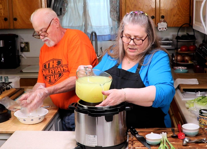 Make Strong Chicken Broth